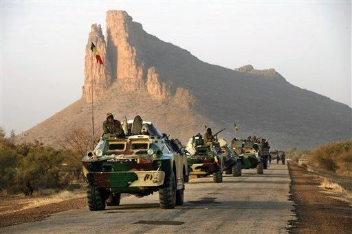 Chadian Troops on the Move in Northern Mali   (BBC)