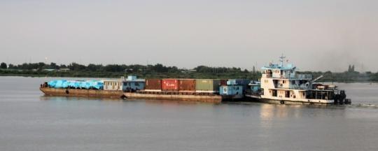 ulony-nile-barge