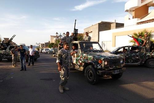 Benghazi - govt troops